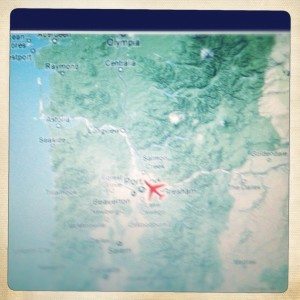 Initial descent-ing. I am currently waving to @Wyobar and @9tiercel from the sky. Miss you. #TabbyTravels